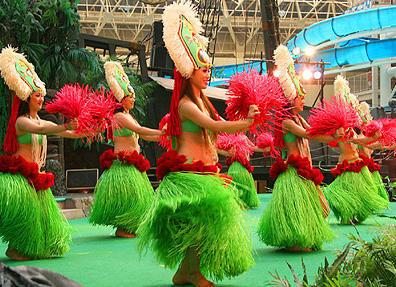 画像 「フラガール」の舞台となった「スパリゾート・ハワイアンズ」では、200... 「フラガール